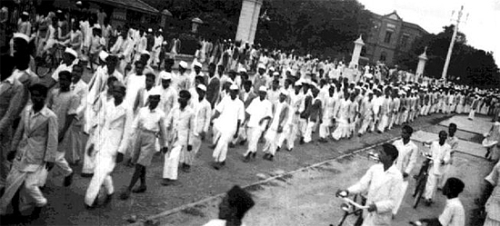 essay on swadeshi and boycott movement