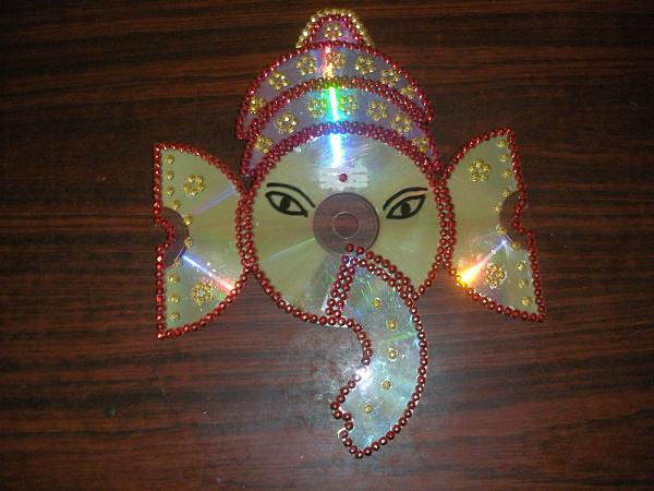 Hi friends can any one give me some ideas with pictures for Best out of waste items