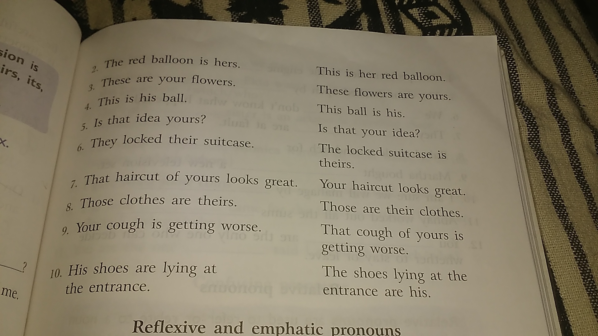 Read the following pairs of sentences  Underline the possessive
